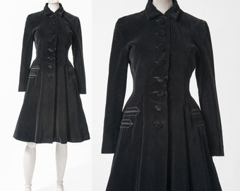 Vintage 1940s Black Velvet Princess Coat, 40s Fitted Nipped Waist Coat, Flared Skirt, Size Small, Women's Clothing, Jackets & Coats