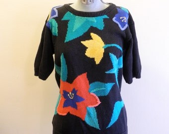 BOLD 80s / 90s floral sweater sz. Medium / Large