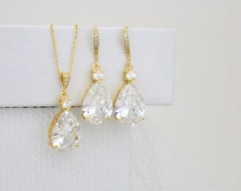 Gold Bridal jewelry, Crystal Wedding earrings, Wedding jewelry set, Teardrop earrings, Pendant necklace, Swarovski, Bridesmaid jewelry