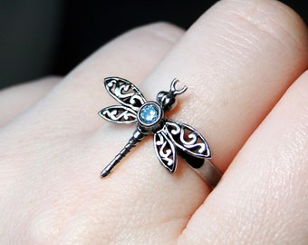 Blue Topaz Ring, Dragonfly Ring, Sterling Silver, Size 8.5 - Blue Dragon by CircesHouse on Etsy