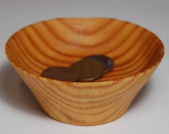 Handmade Wood Bowl, Handturned Wooden Bowl, Small Pine Wood Bowl