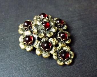 Vintage 1930s Art Deco Dress Clip - Goth - Fur Clip - Art Deco Jewelry - Dark Red Stones