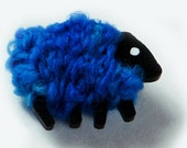 Sheep Pin - Bonnie Blue