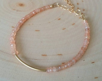 Light orange / peach gemstone and gold tube beaded bracelet. Peach aventurine. Gold bar bracelet. Minimalist. Stackable.