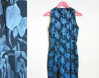 Vintage 1970s OOPS California Size 3/4 Blue Tropical Leaves Satin Dress Size 3/4