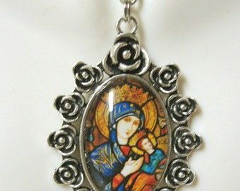 Our Lady of Perpetual Help pendant with chain - AP04-296