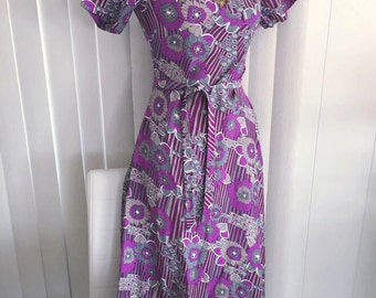 Vintage 1960's Boho Dress in Purple, Lavender and Gray -- OP Art Print -- Size S