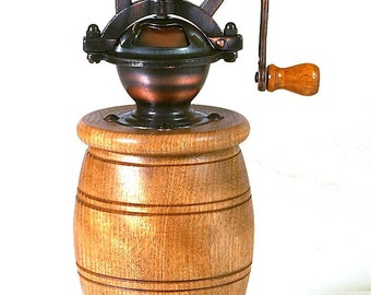 The Olde Tyme Series Pepper Mill in Flame Birch