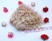 Wefted mohair goat hair ash blonde for waldorf, Blythe natural Wool Doll Hair, Blythe Doll Reroots, tress, fabric dolls, combed locks
