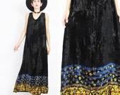 90s Black Velvet Maxi Dress Grunge Crushed Velvet Dress Boho Ditsy Floral Print Velvet Dress Goth Sleeveless Loose Long Dress (M/L) E498
