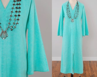 Vintage 70 mint cotton BELL SLEEVE caftan dress / 1970s maxi dress / Bohemian tunic dress