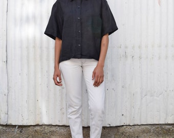 Vintage Linen 1990's Minimalist Crisp Black Oversize Oxford Button Up Short Sleeve Crop Blouse M/L