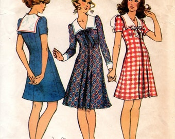 1970s Mini Dress with Midi Collar - Vintage Pattern Simplicity 5070 - Bust 34
