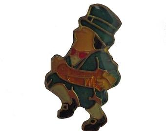 IRISH LEPRECHAUN vintage lapel pin Ireland Accordion Green