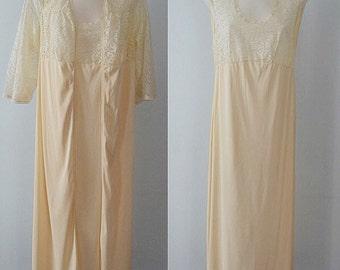 Vintage Beige Peignoir Set, Vintage Peignoir, 1970s Peignoir, Lace, Cream Peignoir Set, Nightgown, Peignoir, Lingerie, Vintage
