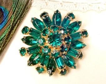 Hair Comb OR Sash Brooch Emerald Green Rhinestone Gold, Round Vintage Wedding Marquise Crystal Bridal Dress Pin / OOAK Hair Accessory 1950s