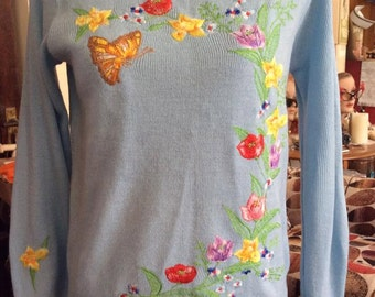 Vintage 1970s 1980s Sweater CYN LES Shirlee Designs Light Blue With Flowers