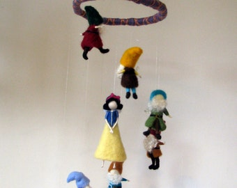 Snow white and seven dwarfs. Needle felted mobile. Make to order.Nursary decor