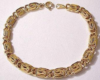 Spiral Weaved Link Chain Bracelet Gold Vintage Layered Spring Clasp