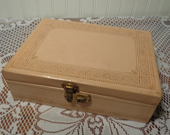 Vintage Pink Leatherette Jewelry Box - Pink and Gold Jewelry Case  -  13-817