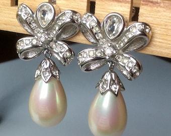 Christian Dior Drop Pearl Clip Earrings - Wedding