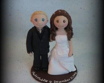 Wedding Cake Topper, Custom Cake Topper, Bride and Groom, Polymer Clay, Personalized, Keepsake