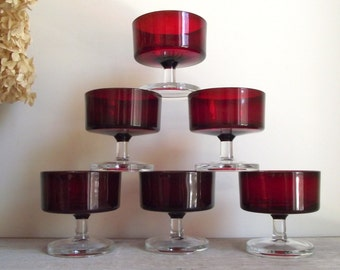 Ruby Red Champagne Glasses , Set of 6 Sherbet Dessert Compotes , Cavalier Luminarc Verrerie D'Arques France , Pedestal Bowls , Retro Barware