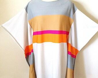 Beverly Vogue 1960s Op Art Graphic Maxi Dress/ Space Age Kimono Dress/ Boho Coctail Dress/ Size S-M