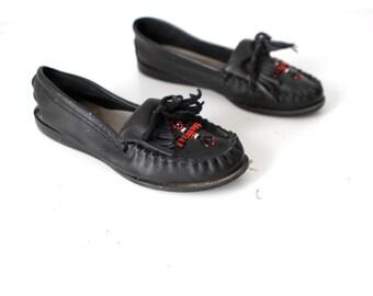 size 8 black MINNETONKA style beaded native MOCCASINS flat slip on shoes for women