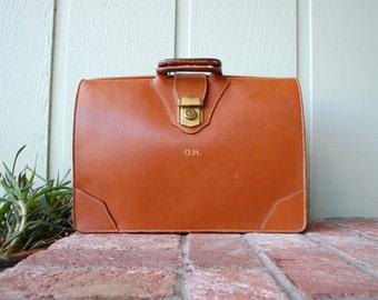 Vintage Cognac Leather Doctors Bag Dr. Bag Attaches Satchel Briefcase Laptop Bag Case Book Bag Organizer Professional Student Hipster Lawyer