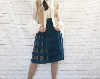 Vintage 70s Bohemian Fleece Trim Cable Knit Sweater Vest Tan Cream S M