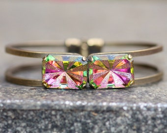 NEW RARE Vitrail Medium Starburst Rivoli Jewel Cuff Bracelet,Hinged Cuff,Rainbow Statement Bracelet,Antique Brass,Octagon,Star Burst,Texture