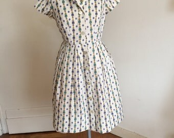 Vintage 50s dress shirtdress with novelty print M