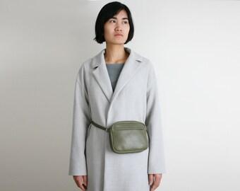 Belt Bag Oliv, cross body zip bag, fanny pack, hip bag, hip pouch, travel bag. multifunctional bag
