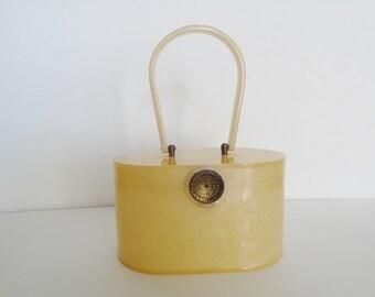 VINTAGE WILARDY LUCITE Purse Handbag |Wilardy Cornflower Yellow Pearlized Lucite Top Handle Purse|Wilardy Vintage Lucite Handbag