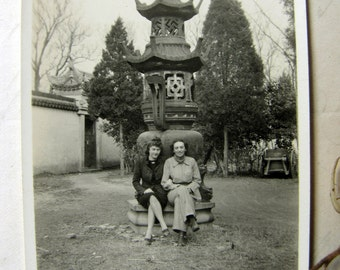 vintage photo - 1940s snapshot of two beautiful girls and a Tibetan temple