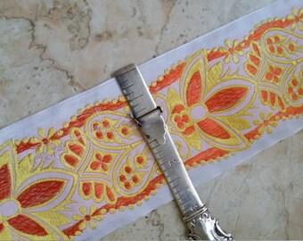 "SUPER DEAL: 2.625"" Vintage Palmette Beauty White/Orange/Yellow embroidered Jacquard ribbon trim"