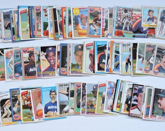 Houston Astros - Lot of 100 Assorted Vintage Baseball Cards