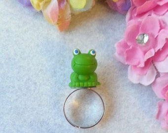 Fun Green Frog Adjustable Ring