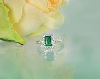 Natural Emerald Ring, Emerald Ring, Emerald Sterling Ring, Natural Emerald, Natural Emerald Engagement Ring, Emerald Statement Ring