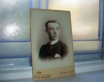 Antique Cabinet Card Photograph Handsome Victorian Man