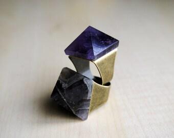 Amethyst Pyramid Ring -- Amethyst Stone -- Statement Ring -- Stone Pyramid -- Pyramid Ring -- Boho Chic -- Stone Ring