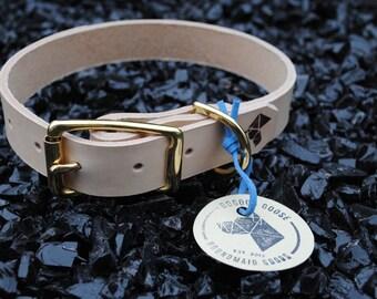 The Elessar Collar: Natural Tan & Brass Leather Dog Collar