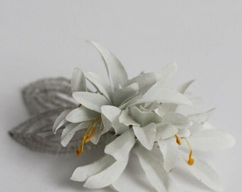 The Margot Flora Hair Comb - 1920s & 1930s inspired bridal hair comb, vintage wedding, Art Deco, flower hair accessory
