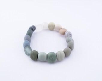 Beach pebbles beads - stretch bracelet - gradient natural colours  - handmade