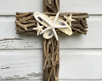Driftwood Seashell Cross/Beach Wedding Cross/Driftwood Home Decor/Driftwood Wall Art