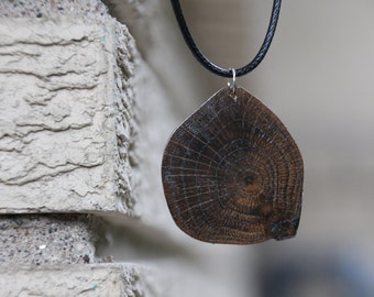 Wood Slice Necklace - Wooden Pendant Necklace - Tree Ring Necklace - Wood Pendant - Woodland Necklace - Bohemian Wood Necklace
