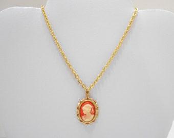 Vintage Cameo Pendant Necklace (5181) (BP)