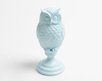 The Powder Blue Owl Bust w/Pedestal- Powder Barn Owl Bust Decor  - Animal Statue - Tabletop Accent Faux Owl Head by White Faux Taxidermy