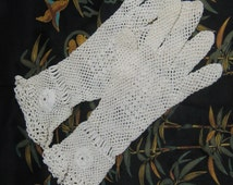 Vintage 1930's Crocheted Irish Lace Gloves Bride Bridal Wedding Great Gatsby